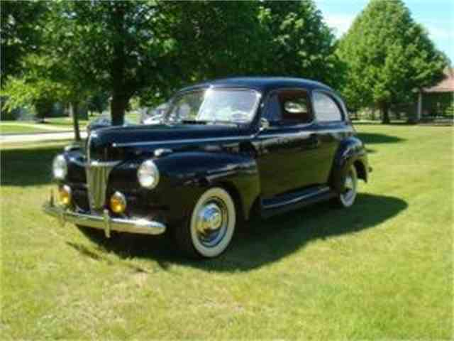 1941 Ford Deluxe Tudor | 1000000