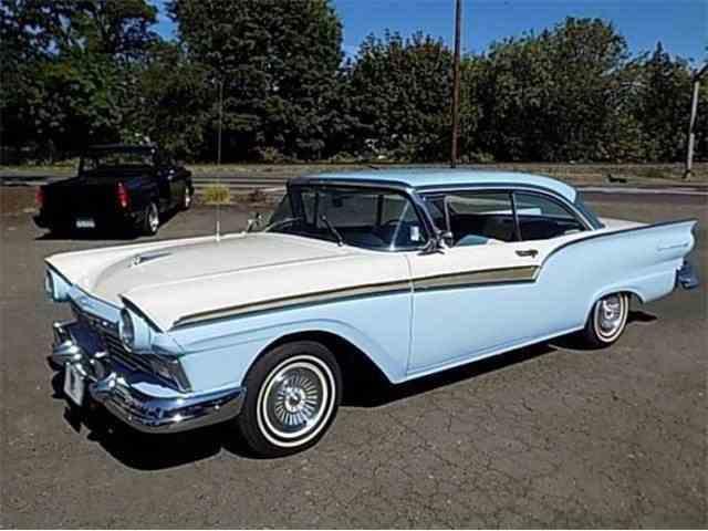 1957 Ford Fairlane 500 | 1001271