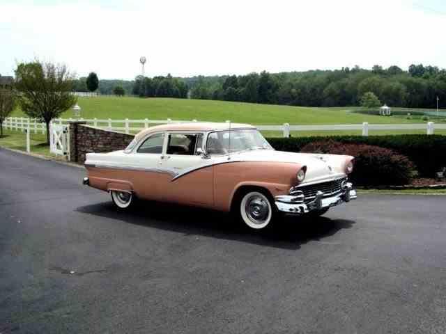 1956 Ford Club Sedan | 1001512