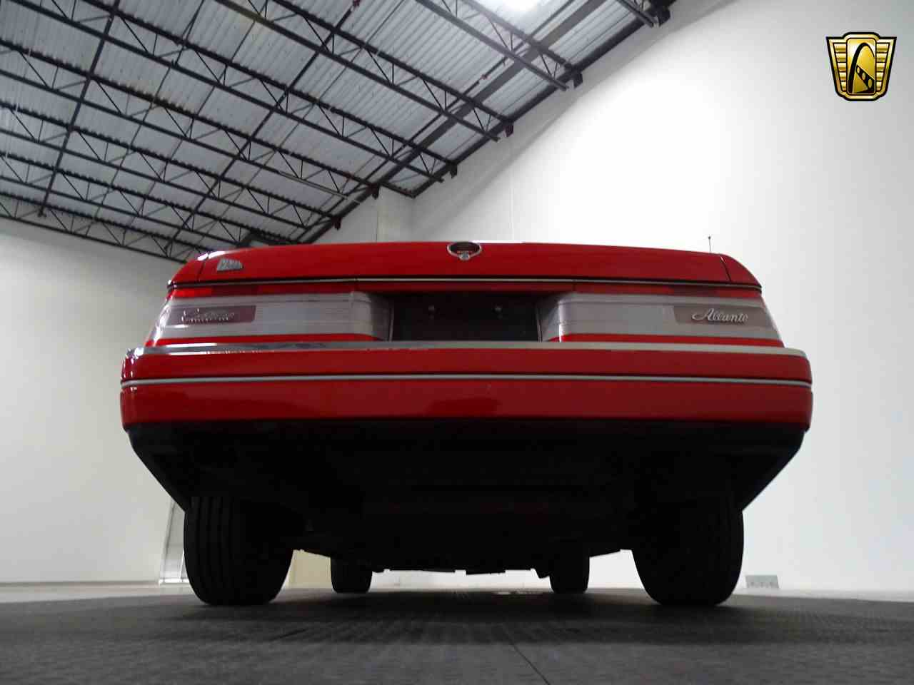 Large Picture of 1990 Cadillac Allante located in Texas - LGSJ
