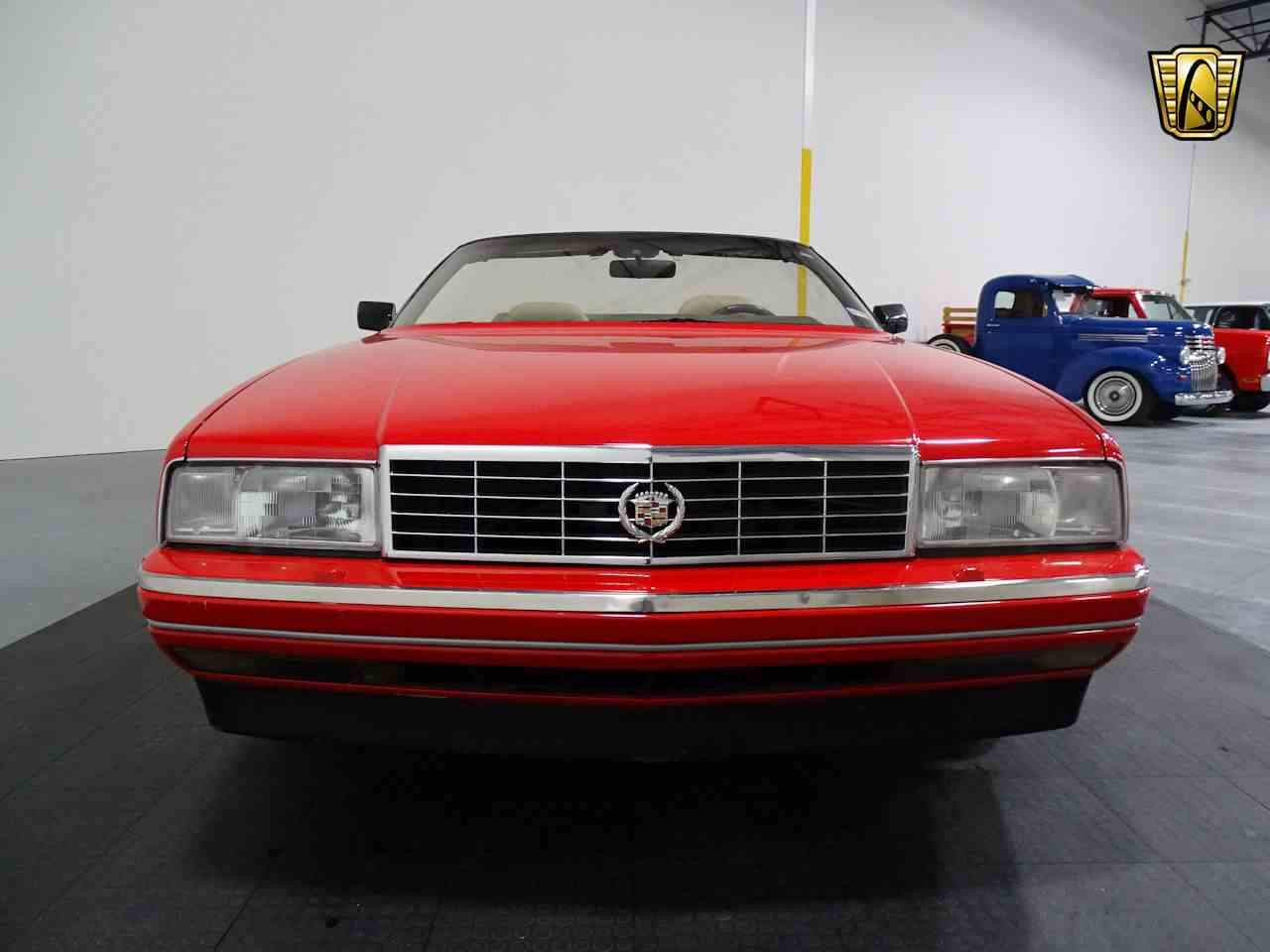Large Picture of '90 Cadillac Allante located in Houston Texas - $11,595.00 - LGSJ