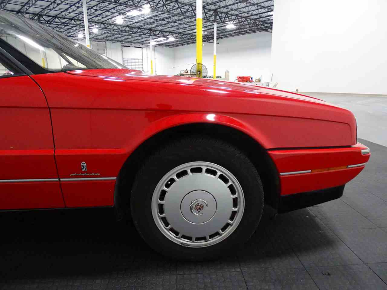 Large Picture of 1990 Cadillac Allante located in Houston Texas Offered by Gateway Classic Cars - Houston - LGSJ