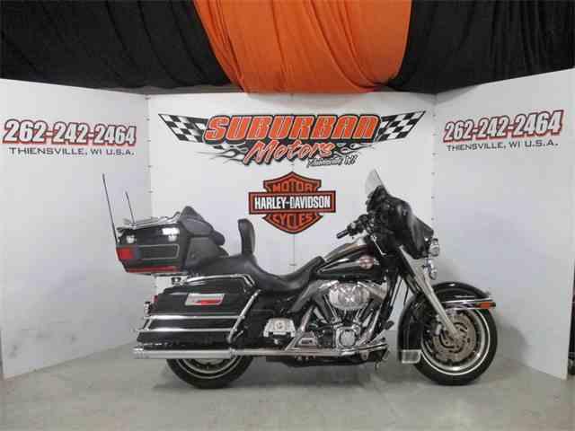 2006 Harley-Davidson® FLHTCUI - Ultra Classic® Electra Glide® | 1001564