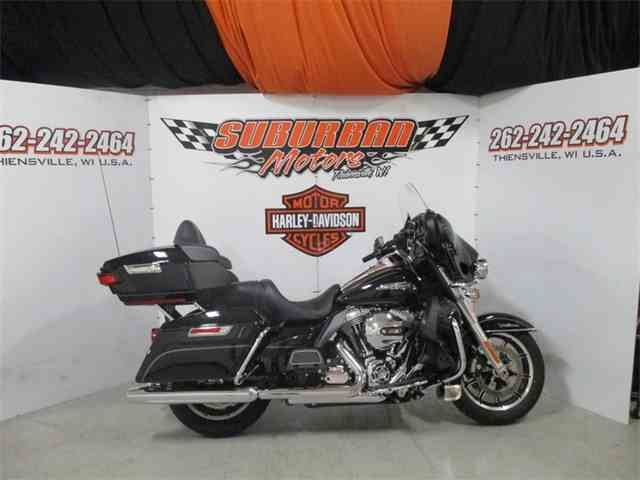2016 Harley-Davidson® FLHTCU - Electra Glide® Ultra Classic® | 1001570