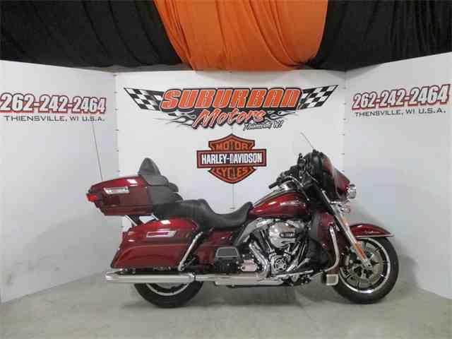2016 Harley-Davidson® FLHTCU - Electra Glide® Ultra Classic® | 1001572
