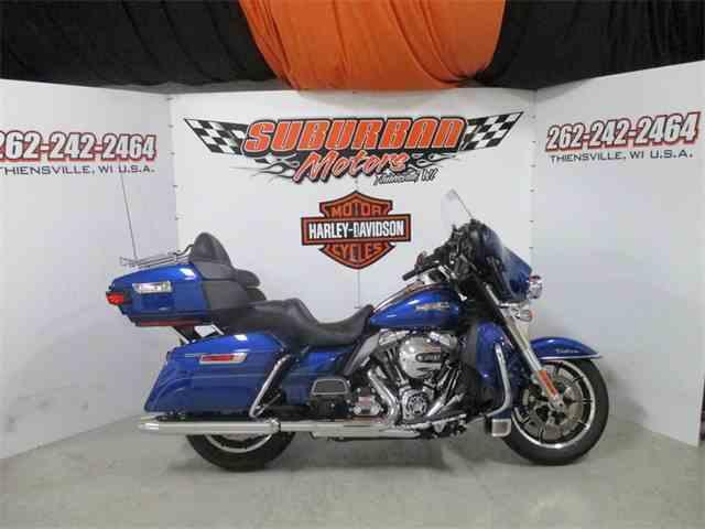2016 Harley-Davidson® FLHTCU - Electra Glide® Ultra Classic® | 1001577