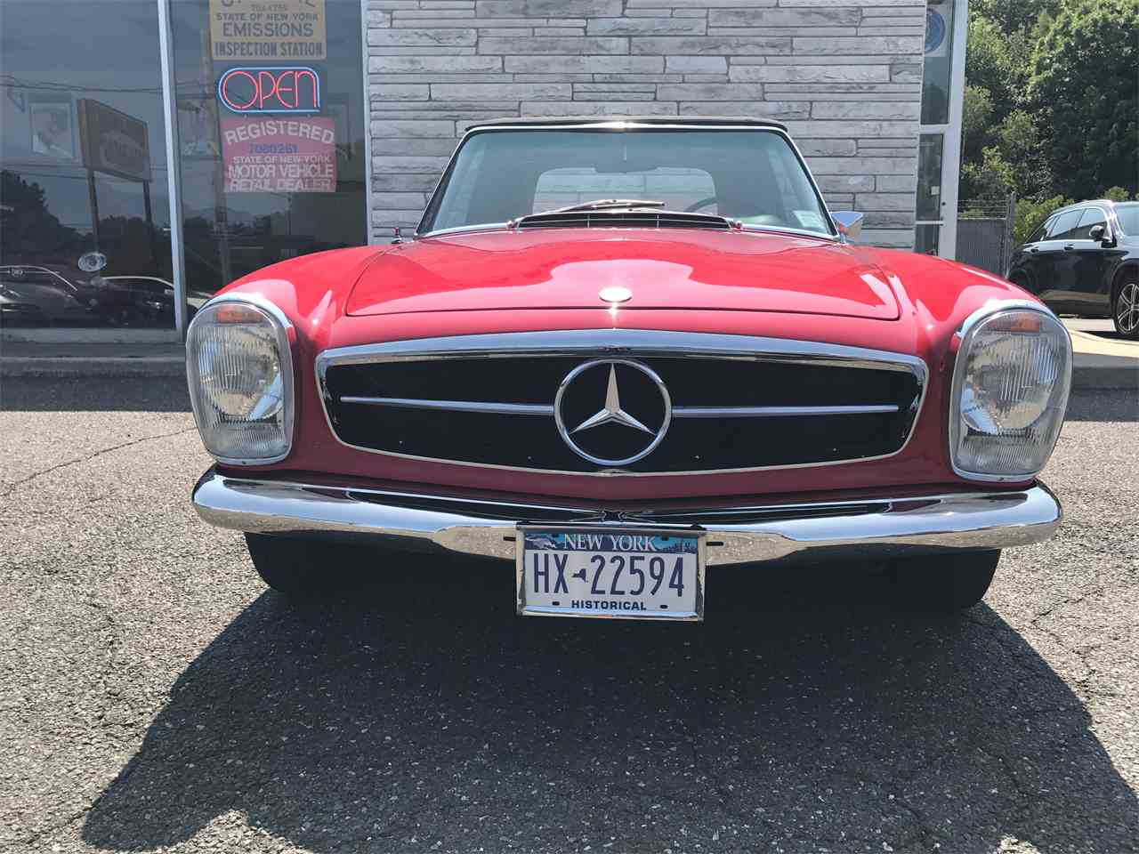 Large Picture of Classic 1967 Mercedes-Benz 280SL - $58,000.00 - LGX2