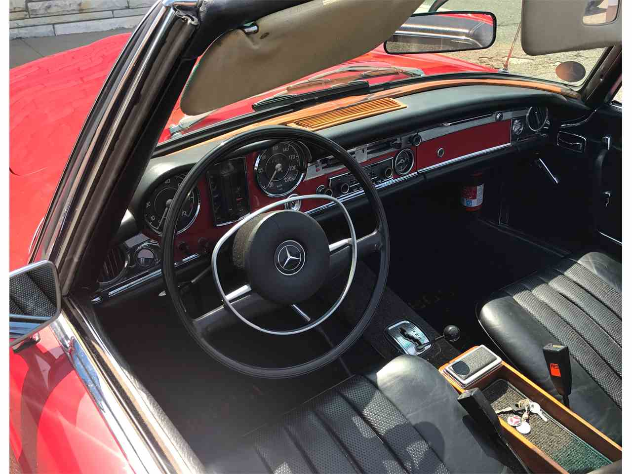 Large Picture of Classic 1967 280SL located in Huntington New York Offered by a Private Seller - LGX2