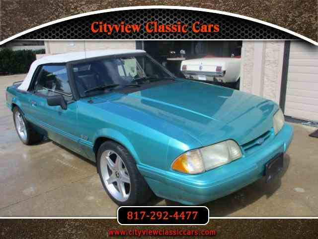 1993 Ford Convertible | 1001877