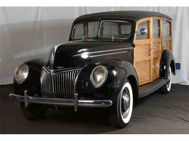 1939 Ford Deluxe | 1000020
