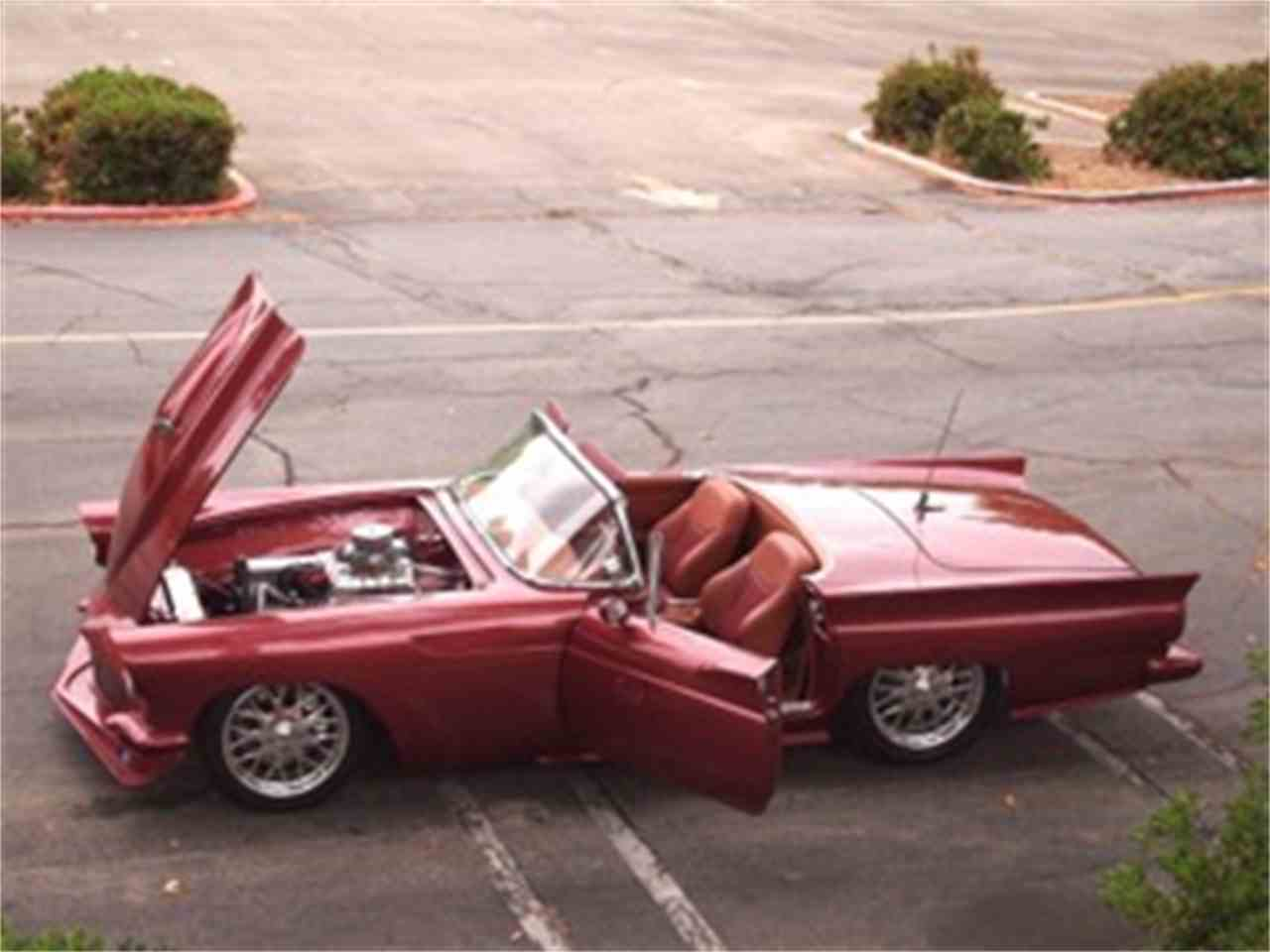 Large Picture of '57 Thunderbird - LH84