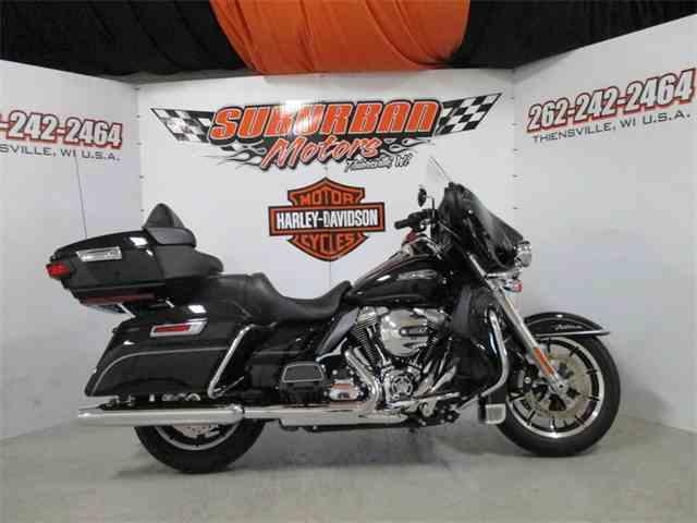 2016 Harley-Davidson® FLHTCU - Electra Glide® Ultra Classic® | 1002170