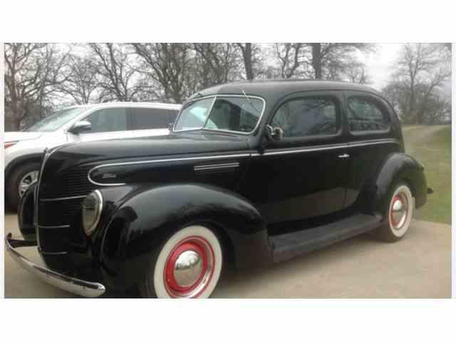 1939 Ford 2-Dr Sedan | 1002504