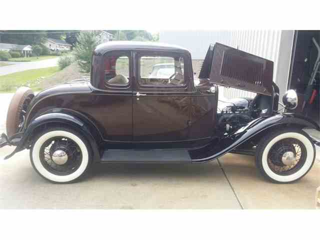 1932 Ford 5-Window Coupe | 1002652