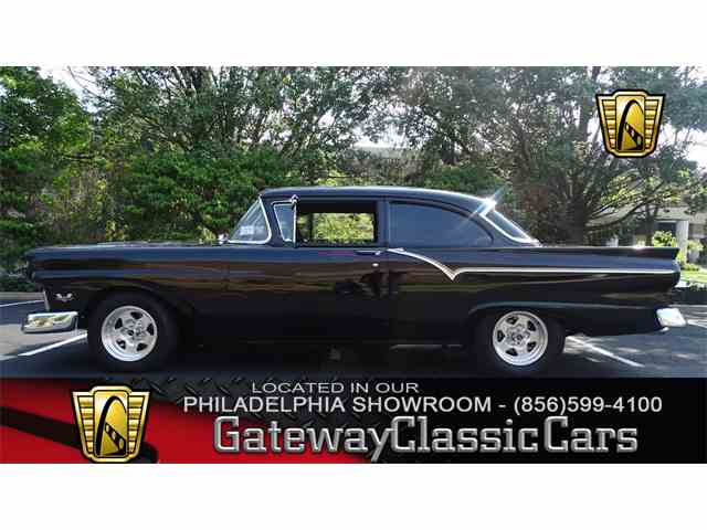 1957 Ford 300   1002661