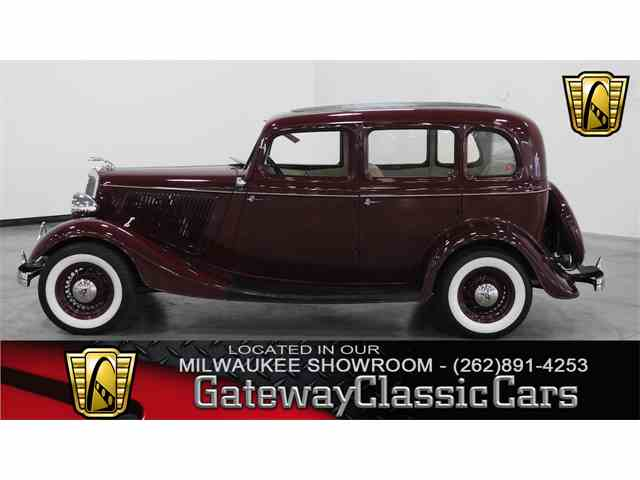 1934 Ford Model 40 | 1002666