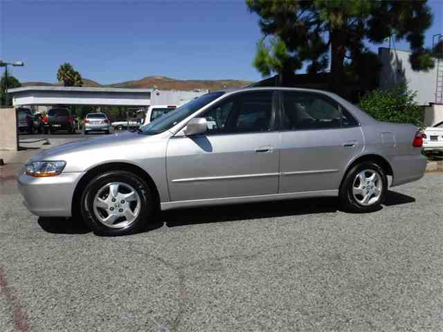 1999 Honda Accord   1002747