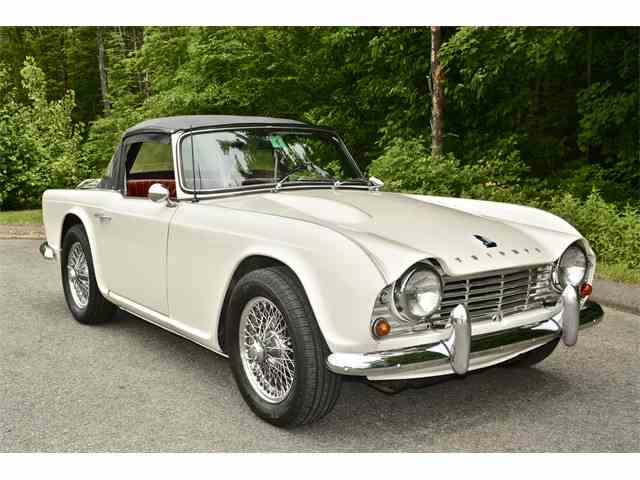classic triumph tr4 for sale on 17 available. Black Bedroom Furniture Sets. Home Design Ideas