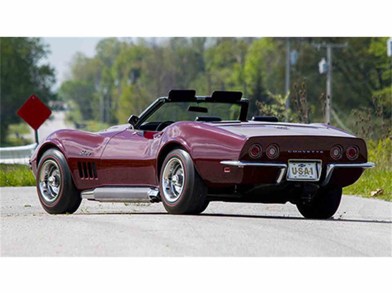 Large Picture of '69 Corvette - LHVA