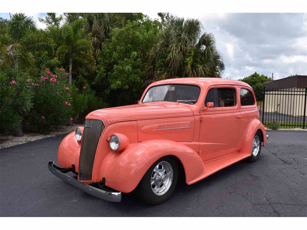 Large Picture of '37 Chevrolet 2-Dr Sedan Offered by Ideal Classic Cars - LFV4