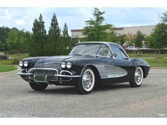 1961 Chevrolet Corvette | 1003380