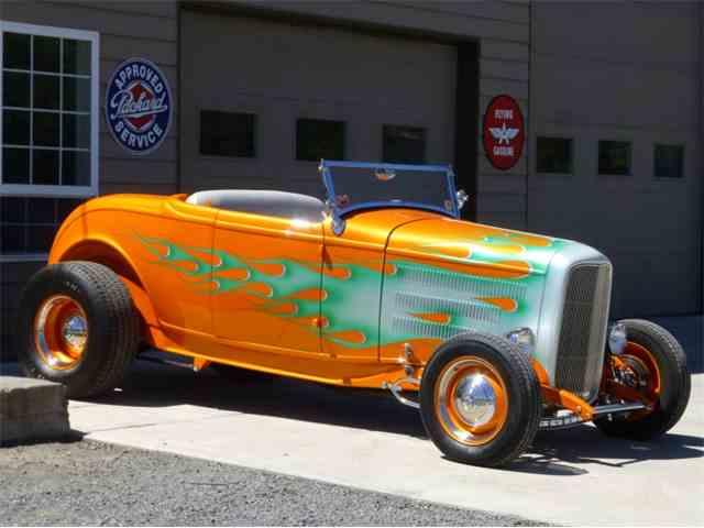 1932 Ford Custom | 1004011