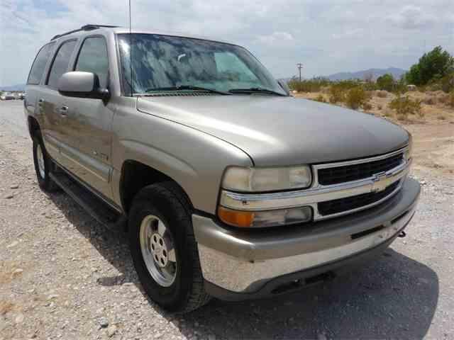2001 Chevrolet Tahoe | 1004075