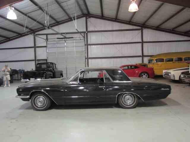 1966 Ford Thunderbird | 1004296