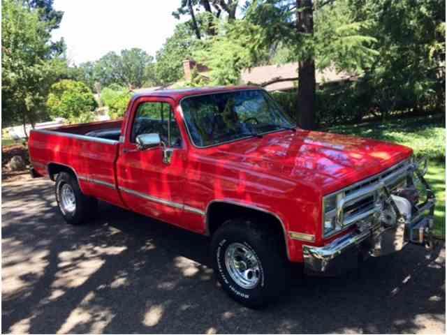 1987 Chevrolet K-10 | 1004347