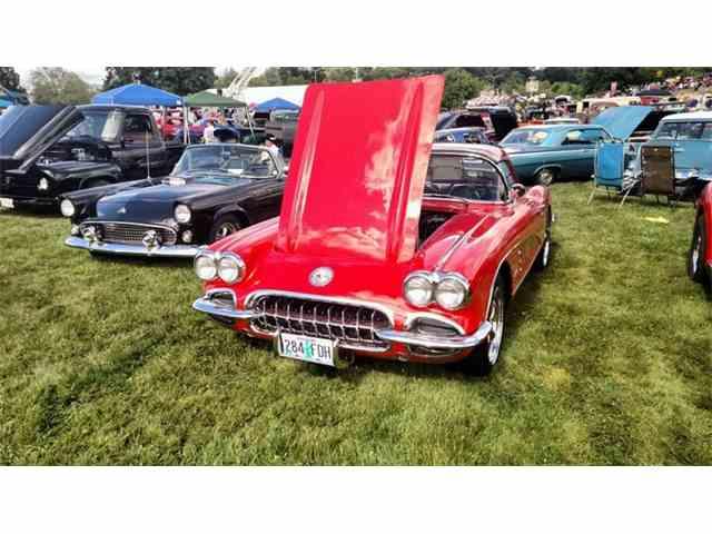 1960 Chevrolet Corvette | 1004350