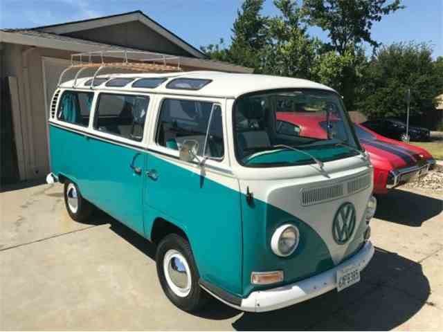 1968 Volkswagen Bus   1004353