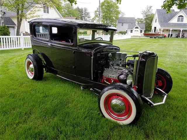 1930 Ford Tudor | 1004573