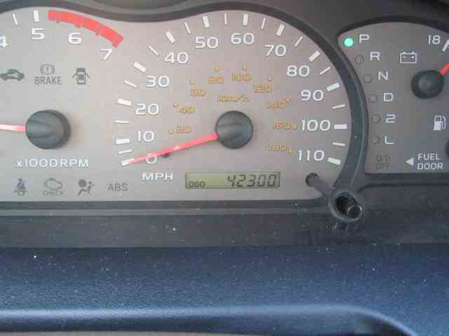 2001 Toyota Sequoia | 1004576