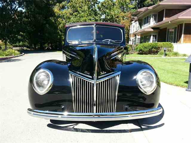 1939 Ford Deluxe | 1004987