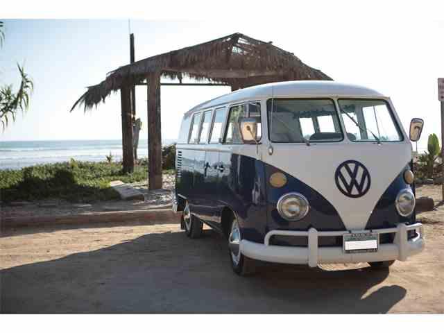 1967 Volkswagen Bus | 1005328