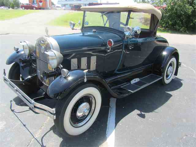1928 Ford Coupe | 1000060