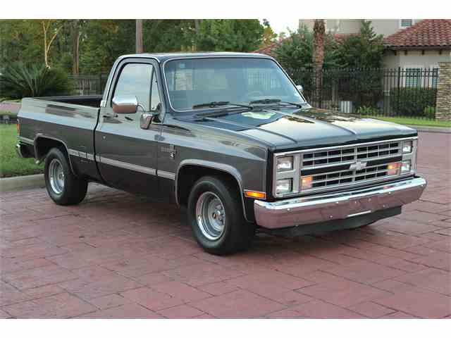 1987 Chevrolet C10 | 1000641