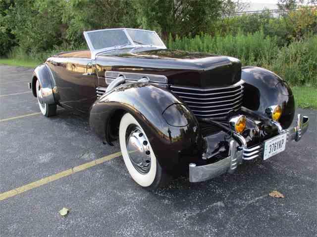 1937 Cord 812 | 1006417