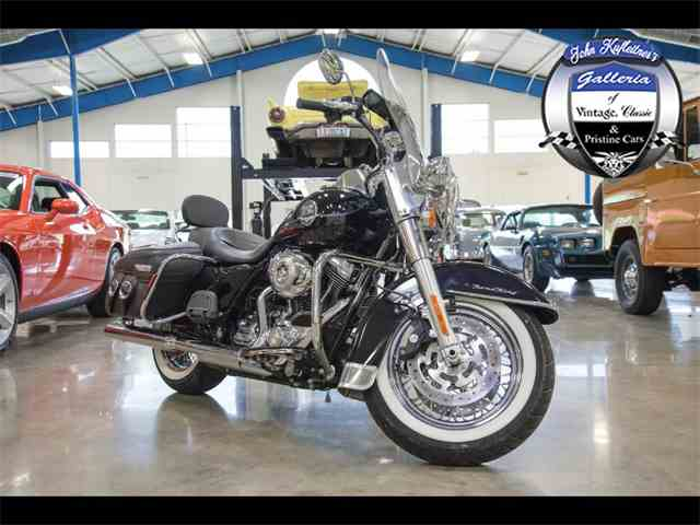 2010 Harley-Davidson Motorcycle | 1006473