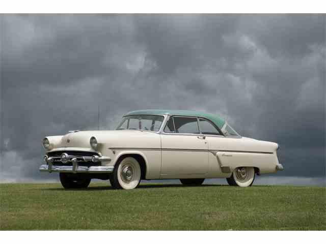 1953 Ford Crestline | 1006818
