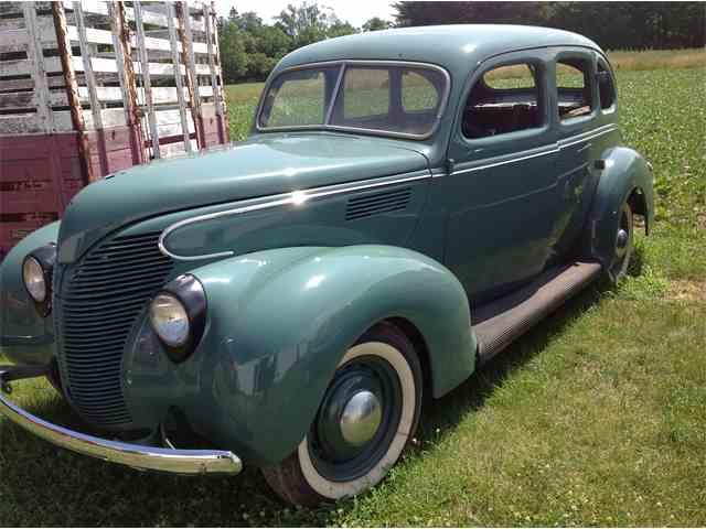 1939 Ford Sedan | 1007327