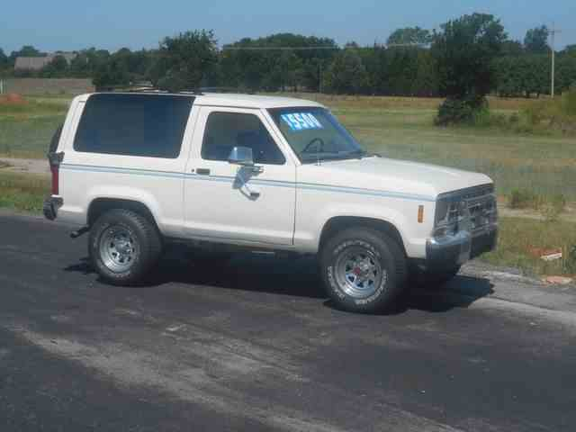 1987 Ford Bronco II | 1000735