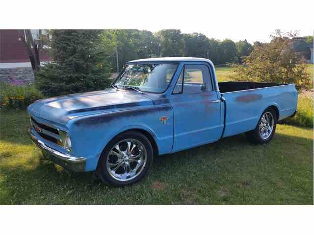 1967 Chevrolet C10 | 1007352