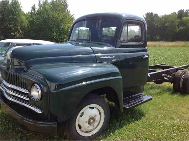 1951 International Harvester Stake Truck | 1007366