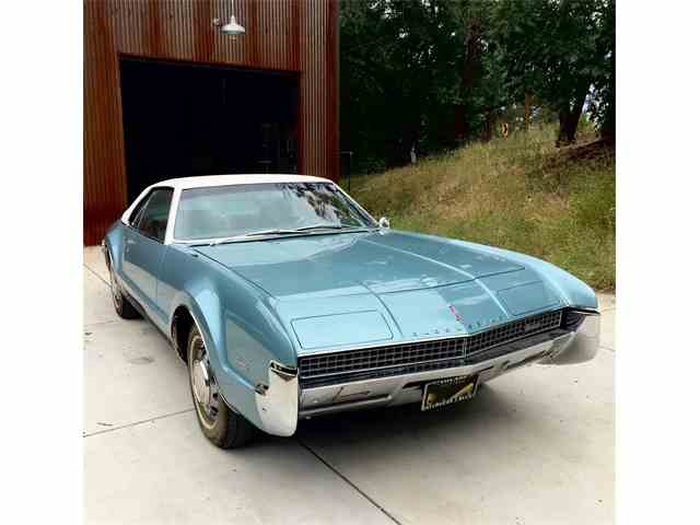 1967 Oldsmobile Toronado | 1007433