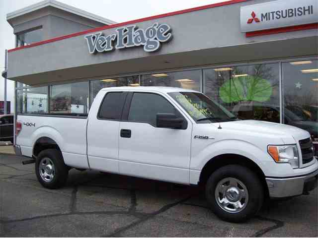 2014 Ford F150 | 1007548