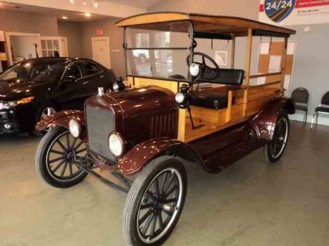 1923 Ford Model T   1007555