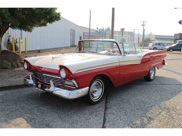 1957 Ford Fairlane 500 | 1007652