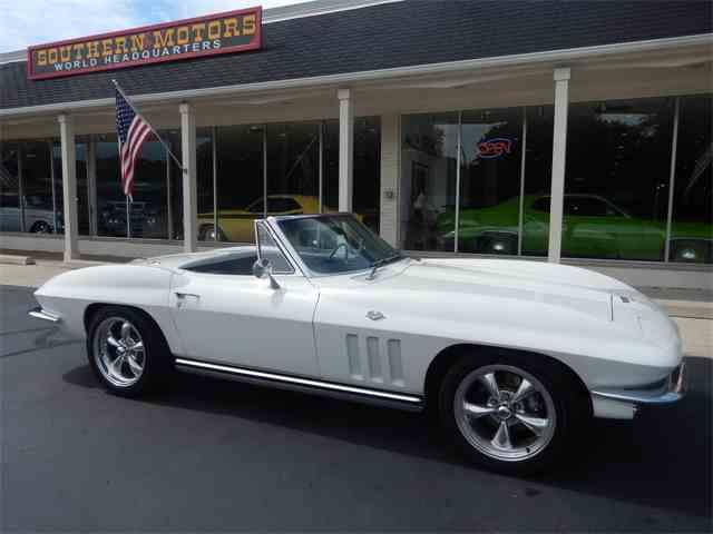 1965 Chevrolet Corvette | 1007702