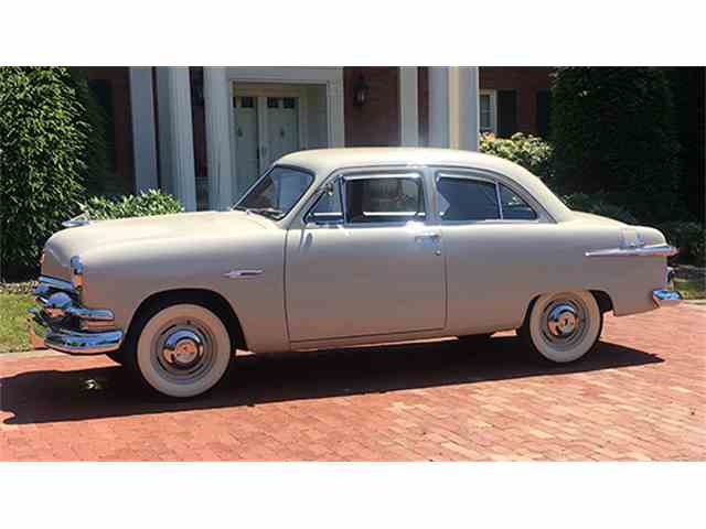 1951 Ford Custom Deluxe Tudor Sedan | 1007798